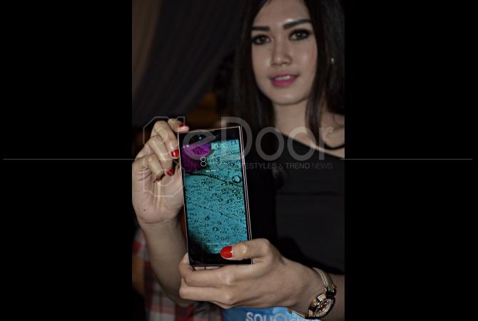 Blaupunkt Soundphone Sonido X1+ juga dibekali dengan layar HD, kamera belakang 13MP dan kamera depan 8MP