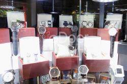 Cari Jam Tangan Ori Atau Kw, Senen Jaya Tempatnya