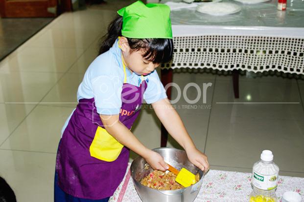 Dapur Cilik Memasak Sambil Bermain