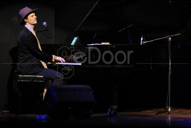 Piano Daniel von Piekartz Iringi Lantunan Merdu Saxophone Benjamin Herman