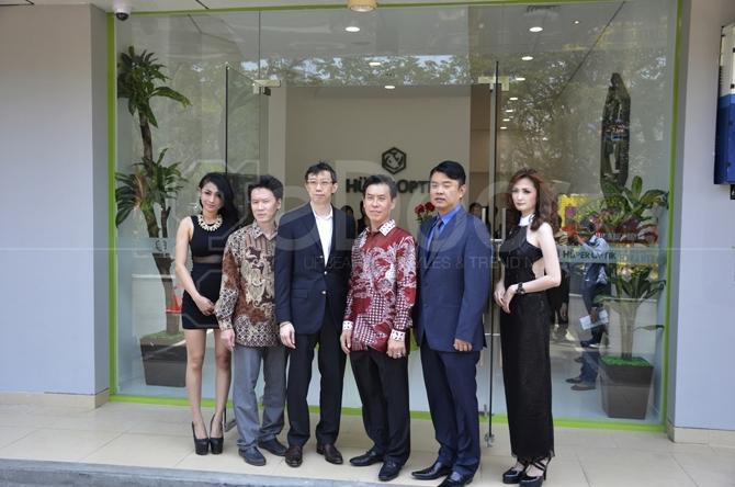 Flagship Store Hüper Optik Kemayoran