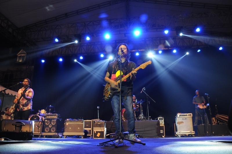 Lantunan Khas Reggee Tony Q Rastafara  Meriahkan JIM Fest 2014