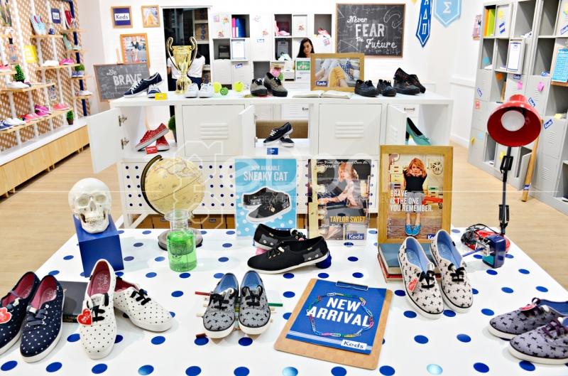 Koleksi-Koleksi Sepatu Keds