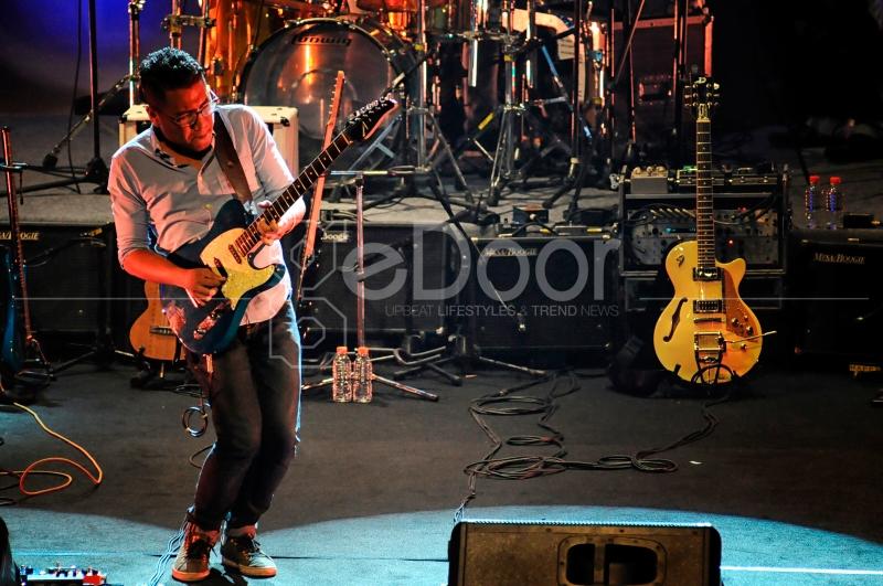 Andre Dinuth Ikut Partisipasi Dalam Konser Six String