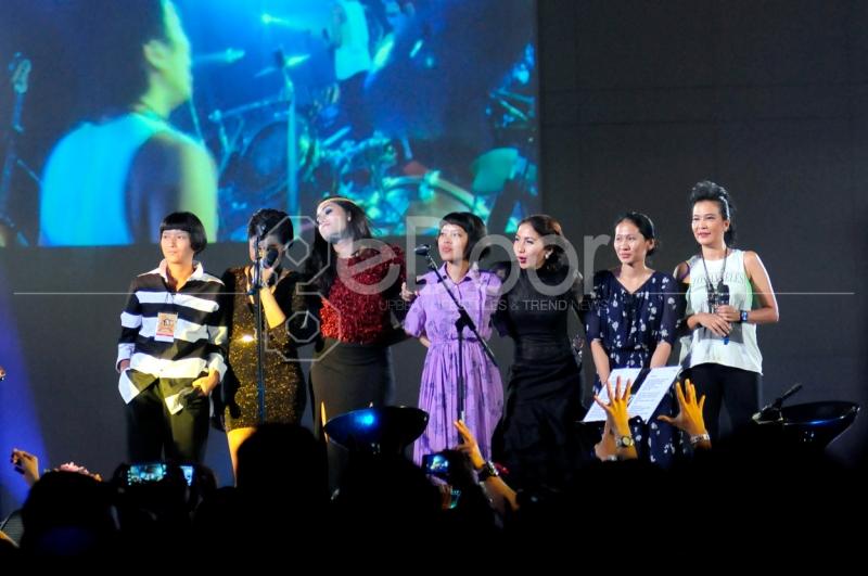 Pada Konser Ini Slank Juga Melakukan Kolaborasi Dengan Musisi-Musisi Muda Perempuan