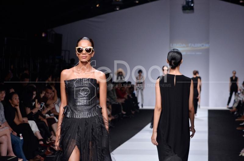 JFW 2015 Diawali Oleh Parade Busana Yang Menampilkan Karya Dari 46 Desainer