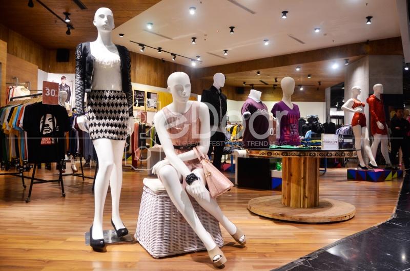 Mezzo Hampir Mirip Dengan Deretan Flagship Store Yang Terdapat Di ION Orchard, Singapura