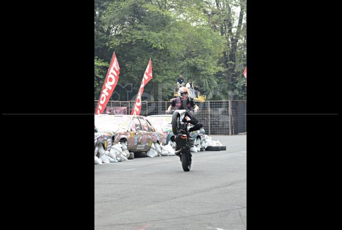 Aksi freestyle dari stuntman asal Slovenia Rok Bagoros