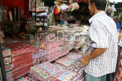 Pasar Pagi Asemka  Berburu Pernak Pernik Murah Ala Asemka