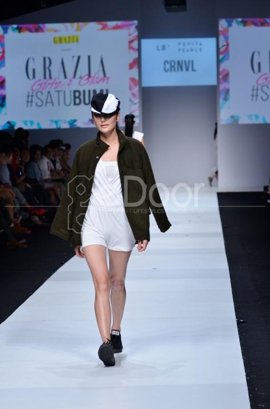 Grazia Indonesia Menghadirkan Fashion Show Seru Dan Penuh Kejutan Di Gelaran Jakarta Fashion Week 2015