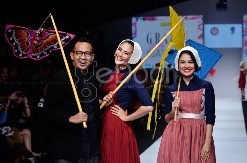 Iwet Ramadhan dan Andien Di Jakarta Fashion Week 2015