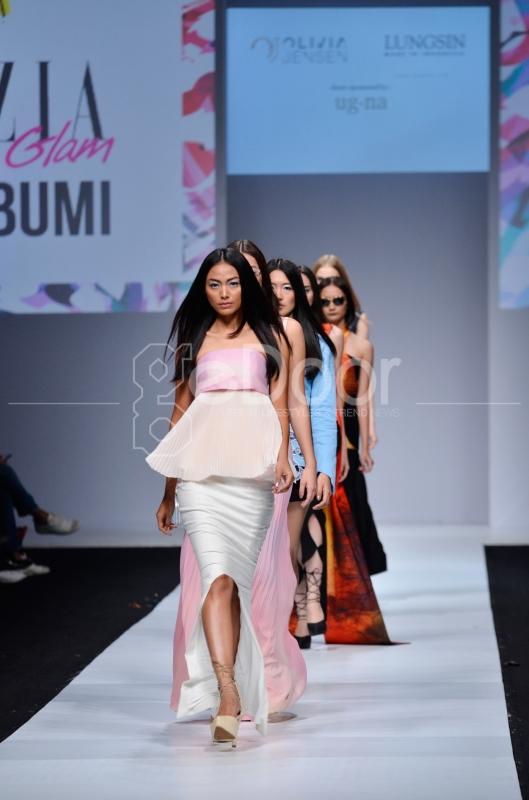 """""""#SATUBUMI"""" Tema Jadi Fashion Show Grazia Indonesia"""