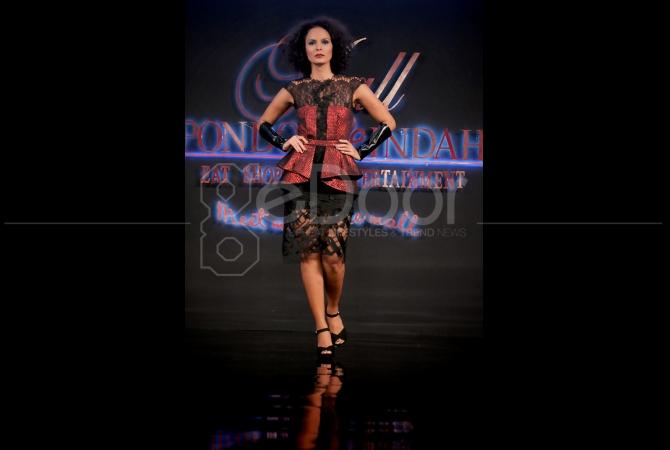 Fashion show ini mulai tanggal 26 Maret hingga 5 April 2015 di Pondok Indah Mall 2, Jakarta