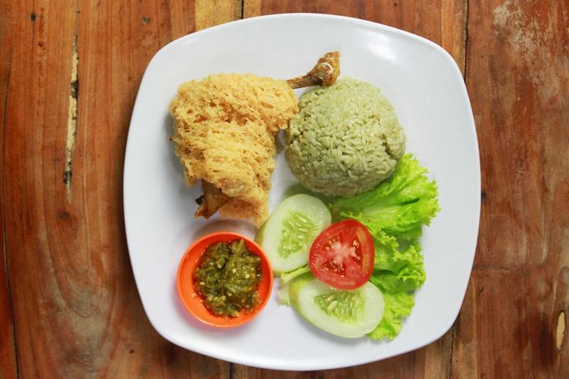 Warung Makan Yang Terletak Di Tebet Dalam IV No. 12, Jakarta Ini Sudah Berdiri Sejak 2010 lalu