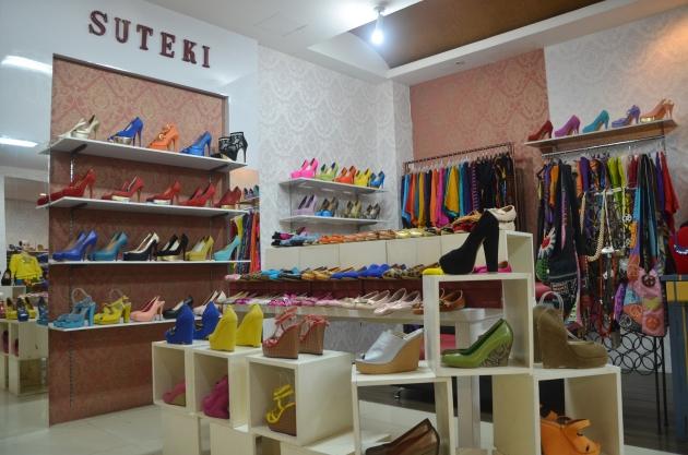 Toko Sepatu Wanita Di Kemang