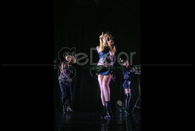Empat negara direncanakan akan dikunjungan Idol Grup yang terdiri dari 5 pria dan 2 orang wanita ini