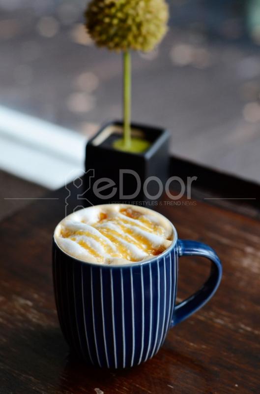 Vanilla Coffee Island Merupakan Salah Menu Andalan Dari That's Life Coffee