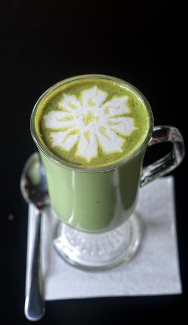 Green Tea Latte Cukup Populer Dipesan Pengunjung Yang Datang Ke Cafe Ini