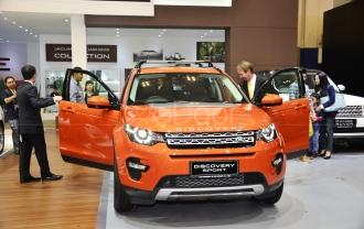 New Land Rover Discovery Sport SUV Paling Serba Guna Di Dunia