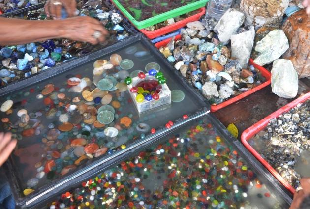 Jelajah Pelapak Batu Cincin Dan Akik Di Pinggiran Jatinegara