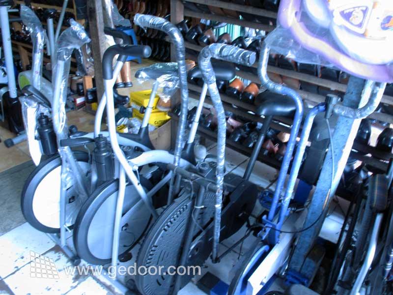 Membeli Alat Fitness di Jl. Sultan Agung