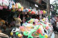 Pasar mainan Gembrong